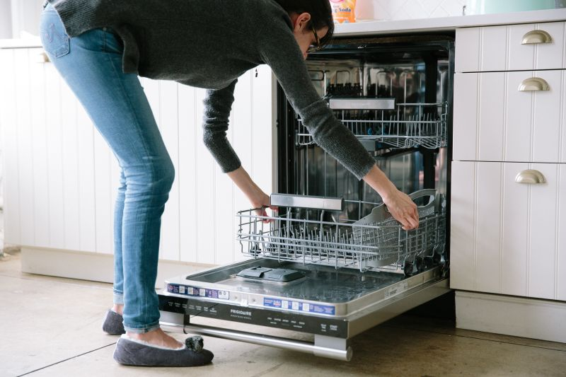 how to clean out dishwasher