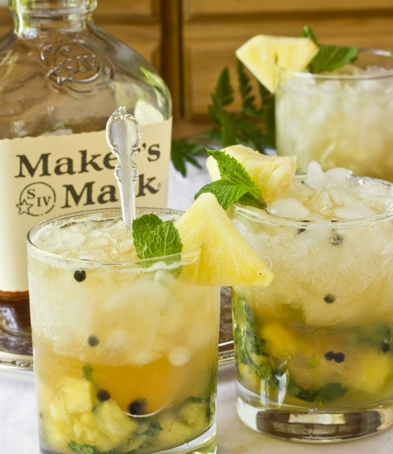Cocktail Recipe: Pineapple & Ginger Mint Juleps