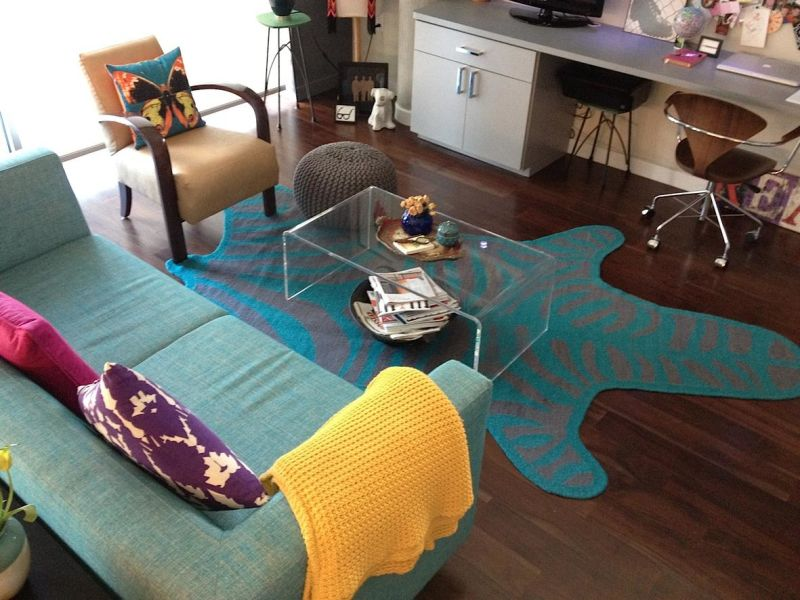 Gail's Colorful Chic — Small Cool Contest
