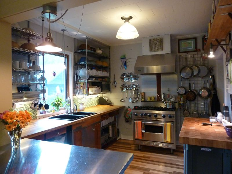 Ron's 'Wonderful Industrial Vibe' Kitchen — Small Cool Kitchens 2013