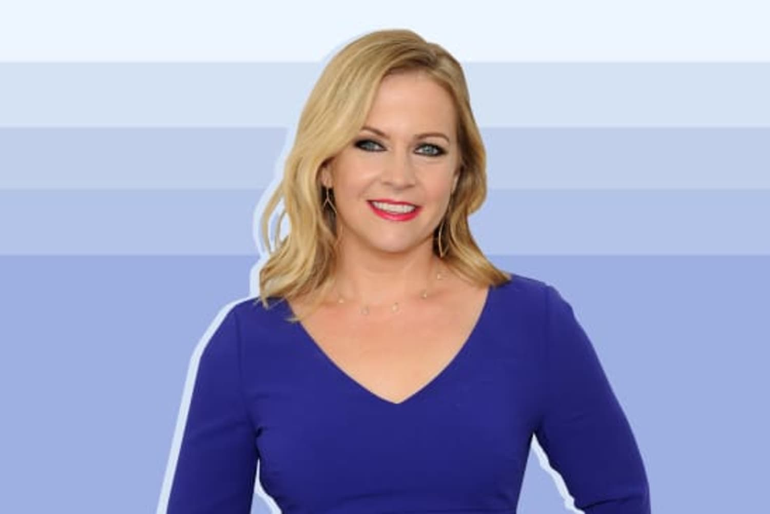 """Melissa Joan Hart Has """"Sabrina"""" Memorabilia All Around Her Home and It Makes Us Wicked Happy"""
