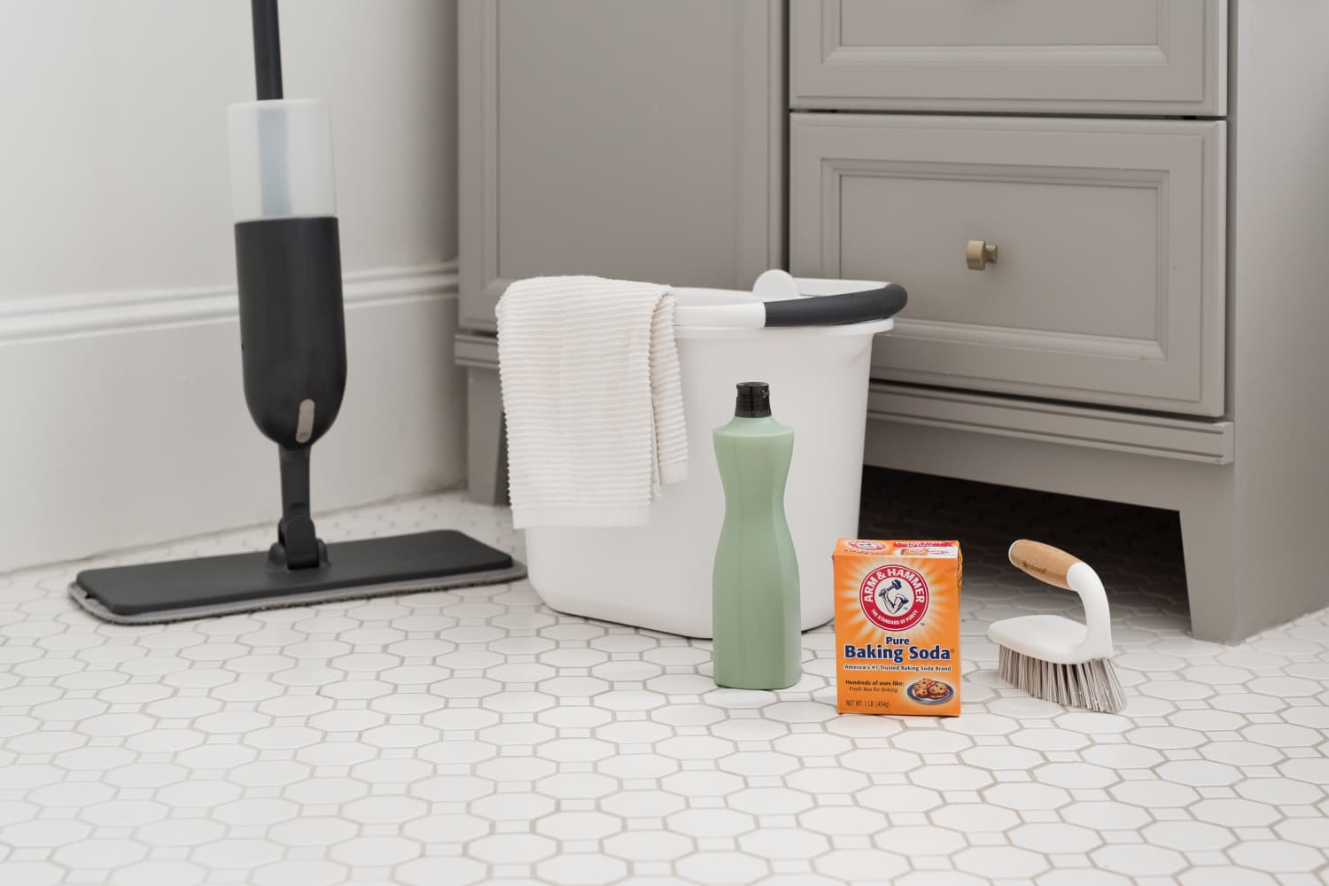 5 Features You're Going to Want in a Cleaning Bucket (Trust Me, I Regret It)