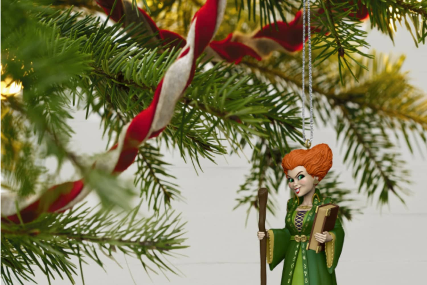 """Hallmark Have Released A """"Hocus Pocus"""" Ornament In Time For Fall"""