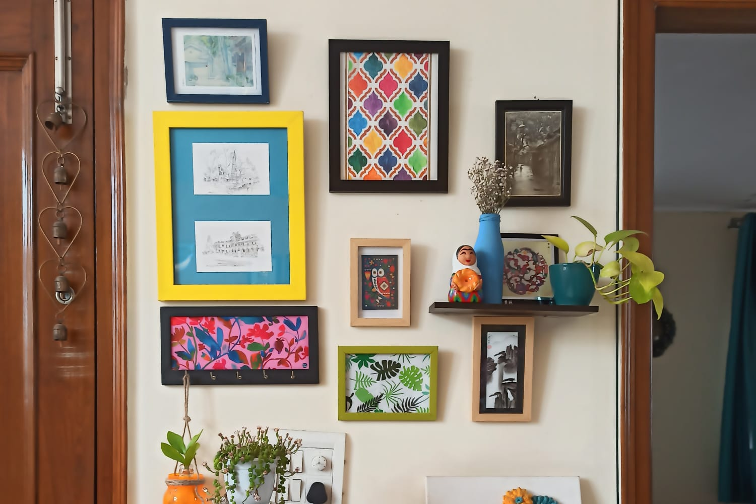 16 Ways to Refresh Your Wall Art Without Spending a Dollar