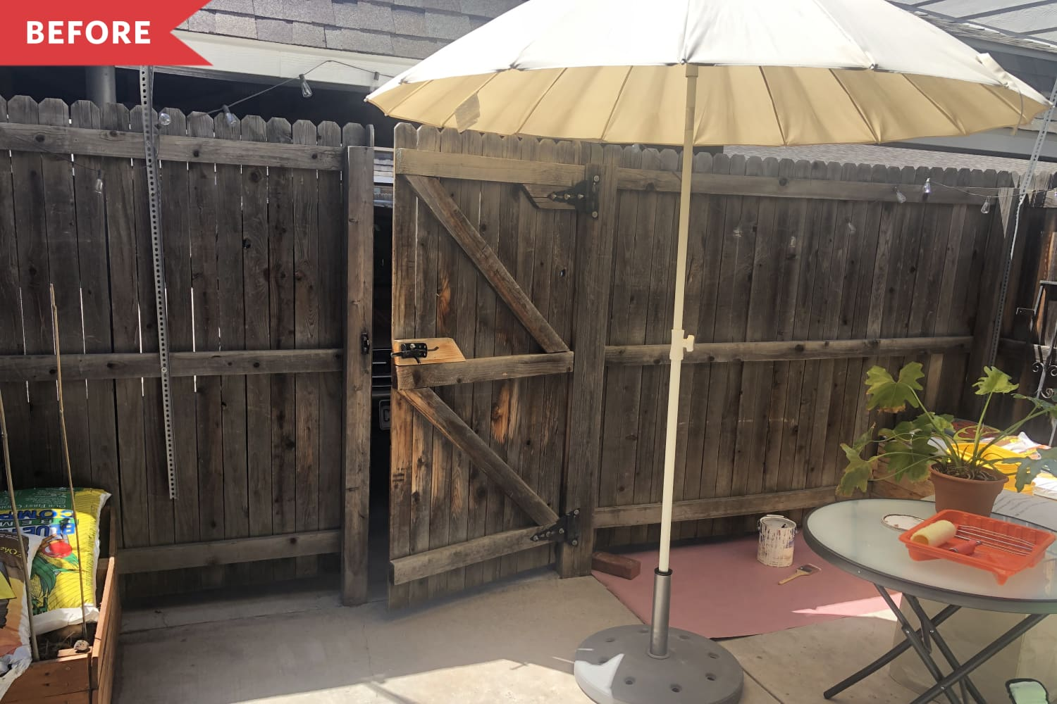 Before and After: $130 and 6 Paint Colors Make a Dreary Fence Museum-Worthy