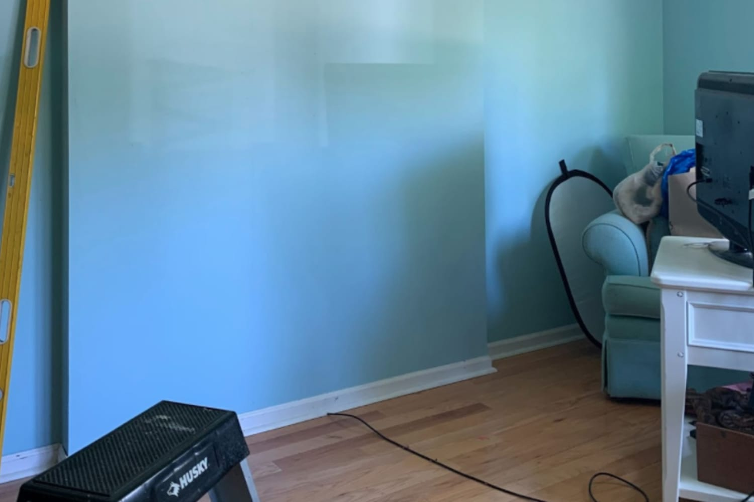 Before and After: I Turned My Mom's Office into a Colorful, Cozy Hangout for Mother's Day