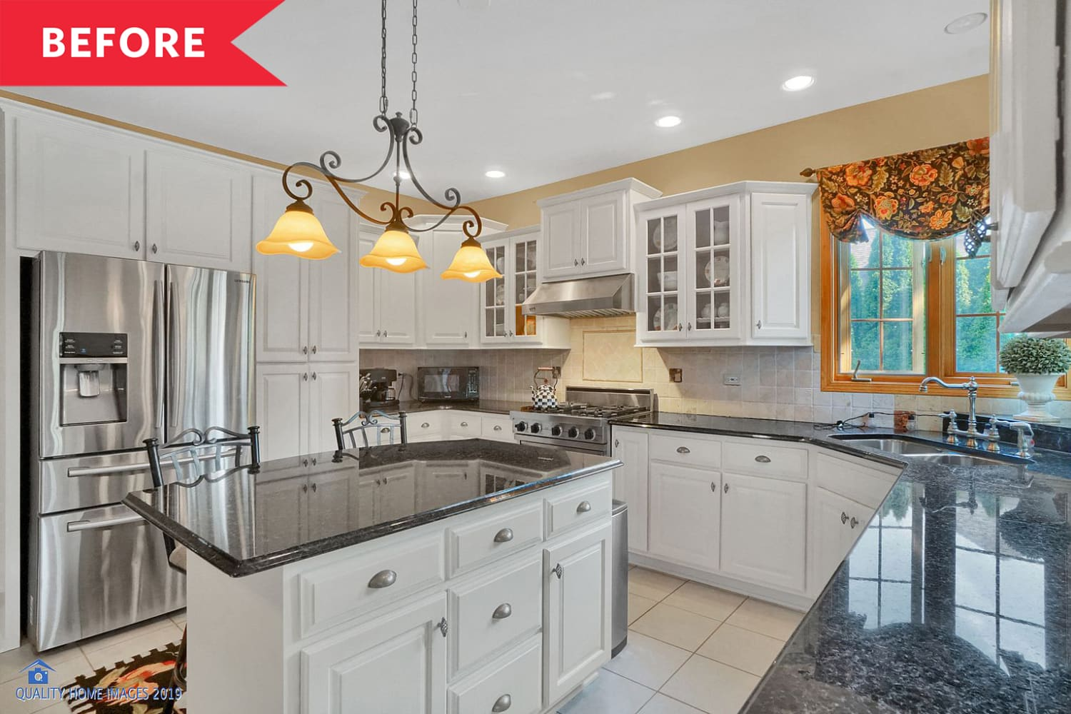 Before and After: A Mismatched Kitchen Gets a Chic, All-White Revamp for $25,000