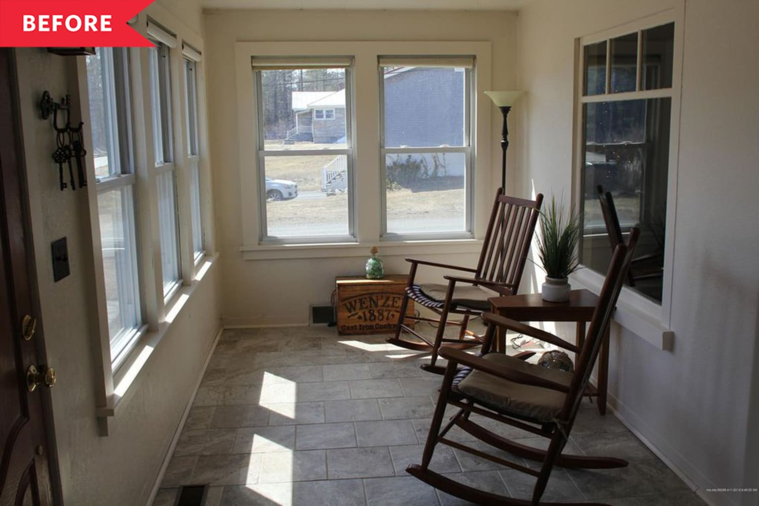 Before and After: A DIY Redo Fills This Dreary Sunroom with Good Vibes