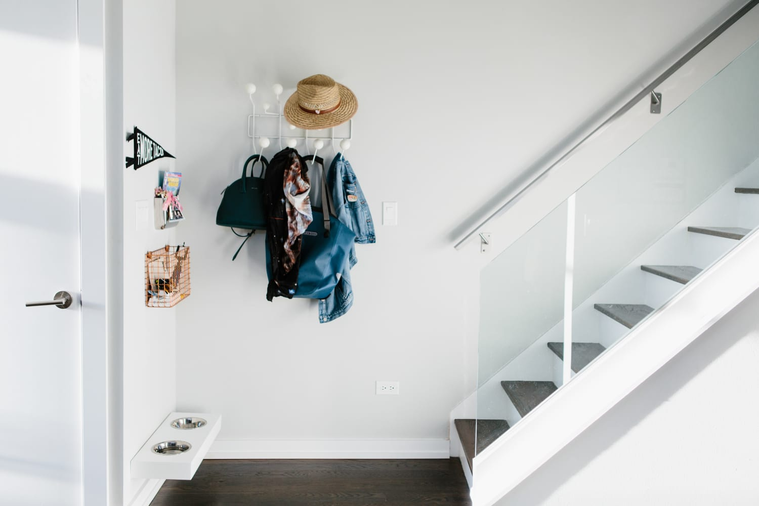 Designers Share 10 Go-To Decorating Ideas for a Small Entry Area