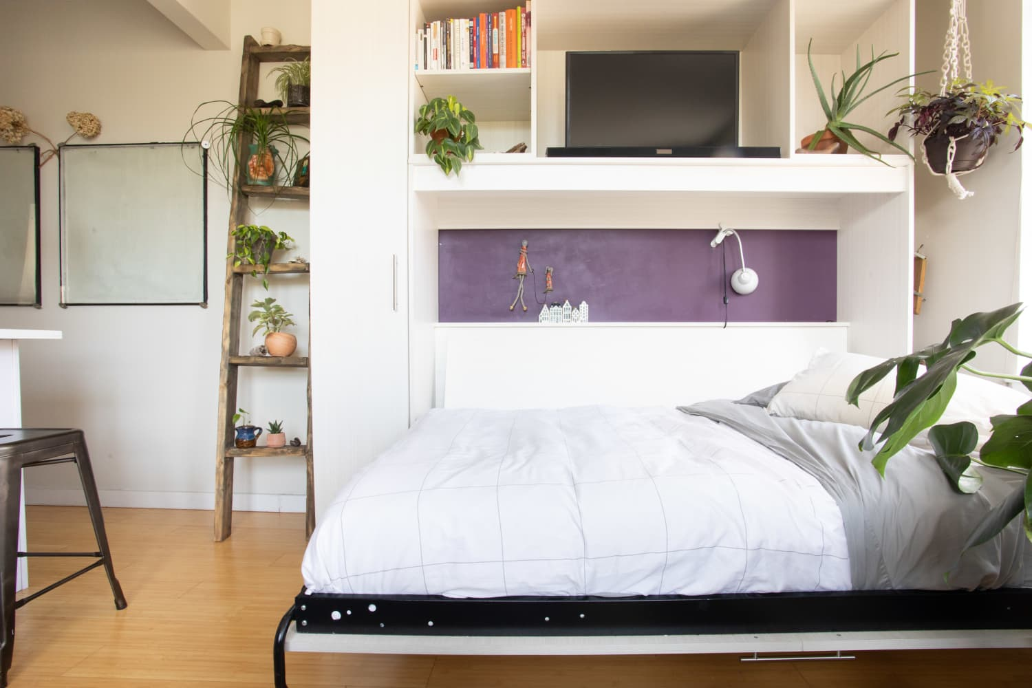 8 Absolutely Genius Furniture Pieces for Small Spaces