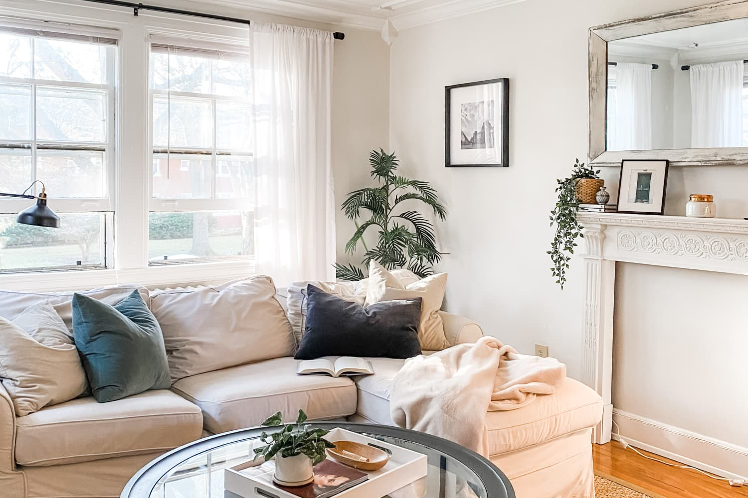 This Is the Most Popular White Paint, According to HGTV Experts