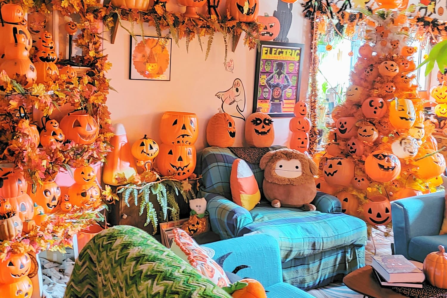 This Minneapolis Apartment Is What Happens When Maximalism Meets Halloween Decor