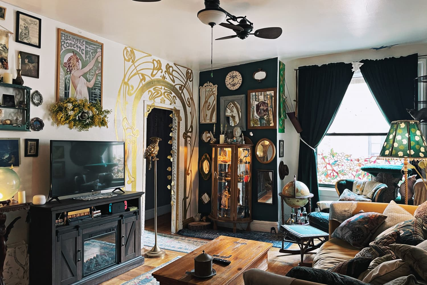 A Small NYC Apartment Looks Like a Theater Set and Feels Like a Fairy Tale