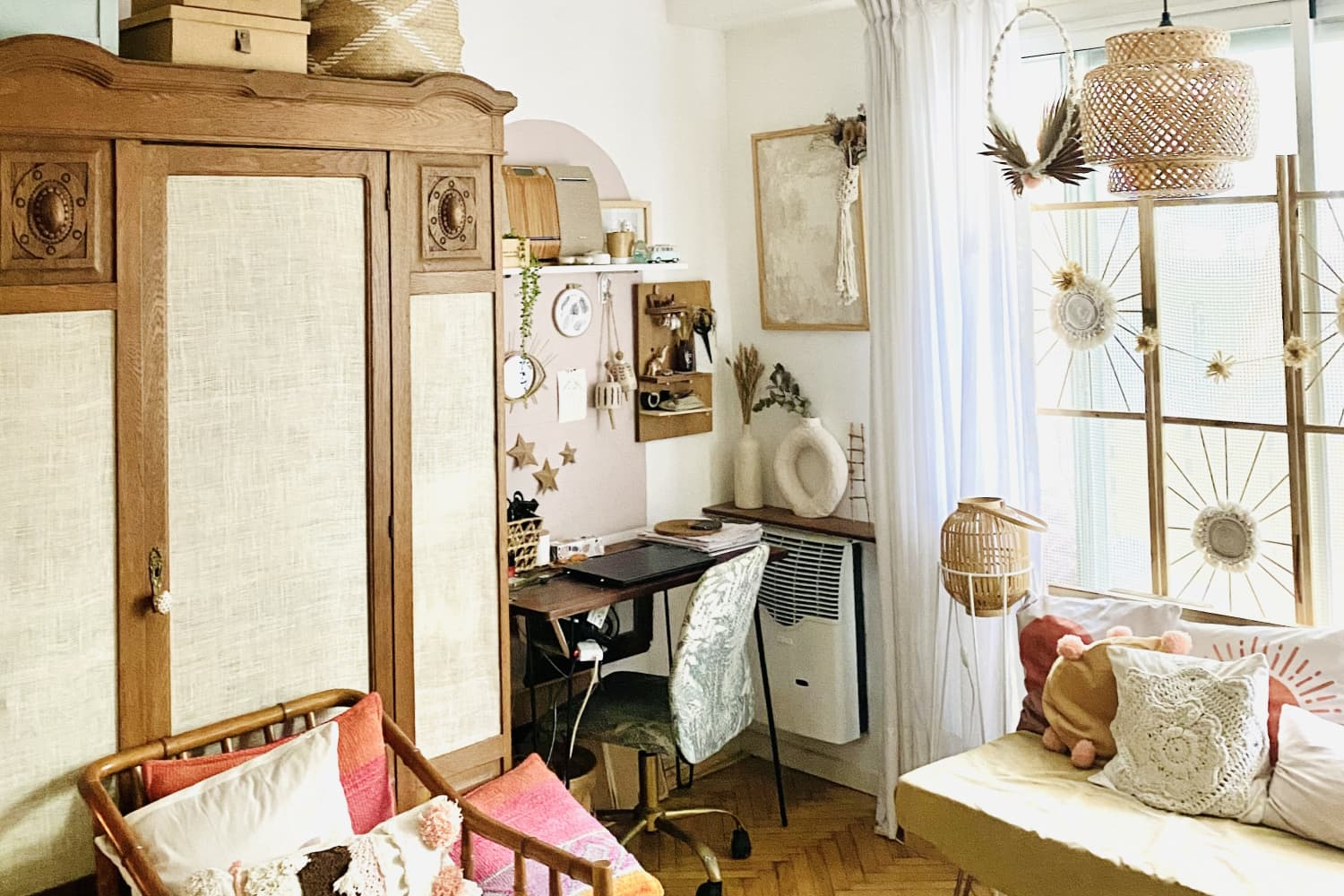 A 452-Square-Foot Buenos Aires Home Fits a TON of Inspiring DIY Projects