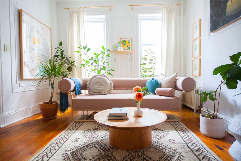 The Best Living Room Decor Items on Amazon, According to Interior Designers