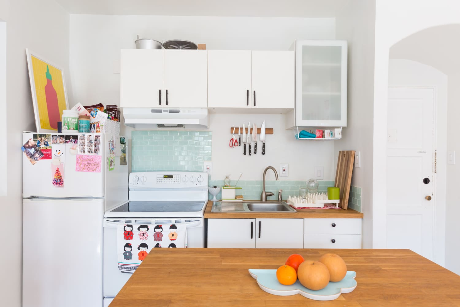 8 Products That Make My Small Kitchen Seem Way More Spacious