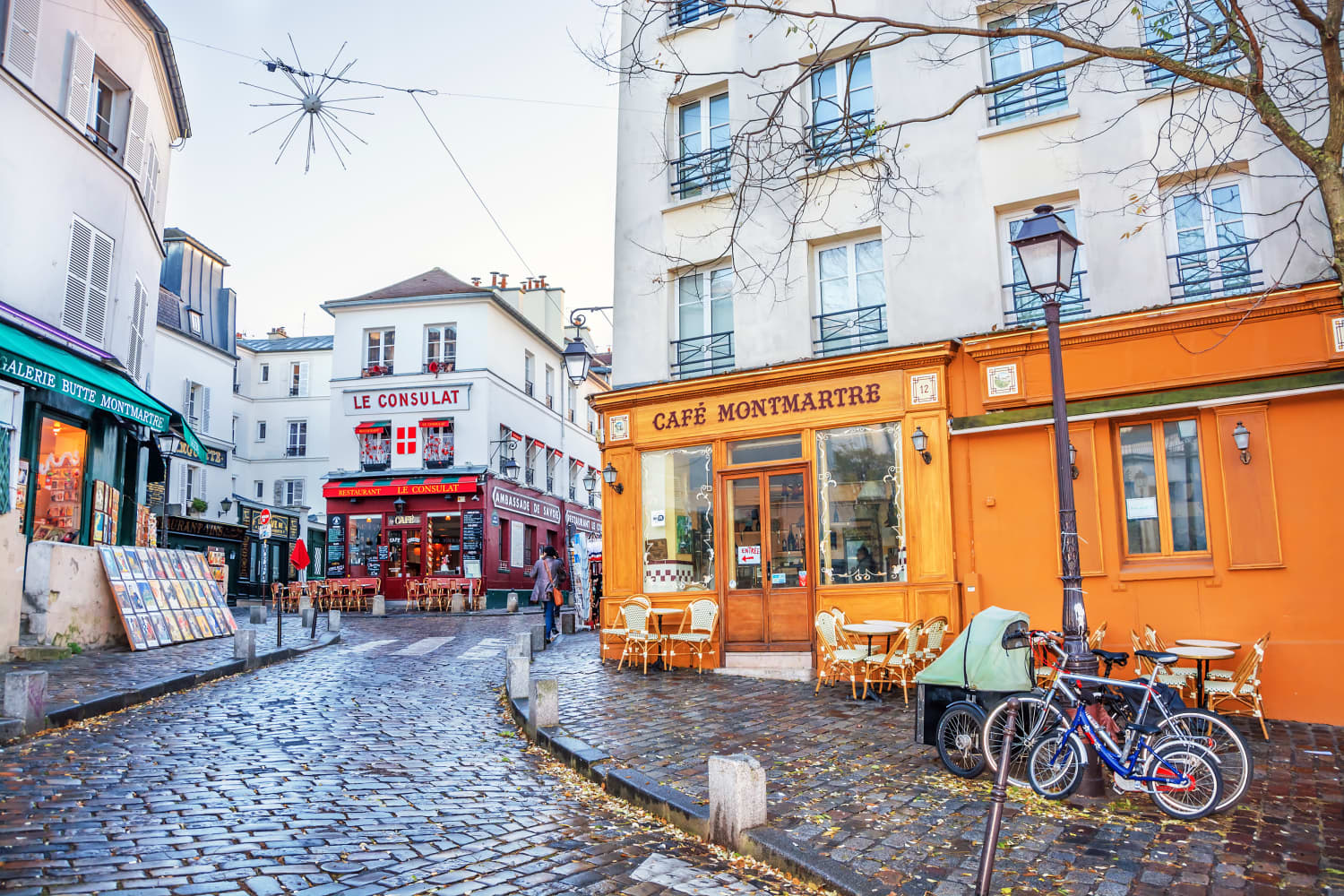 Need a Change of Scenery? These Walking Tour Videos Will Make You Feel Like You're in Tokyo, Paris, and NYC