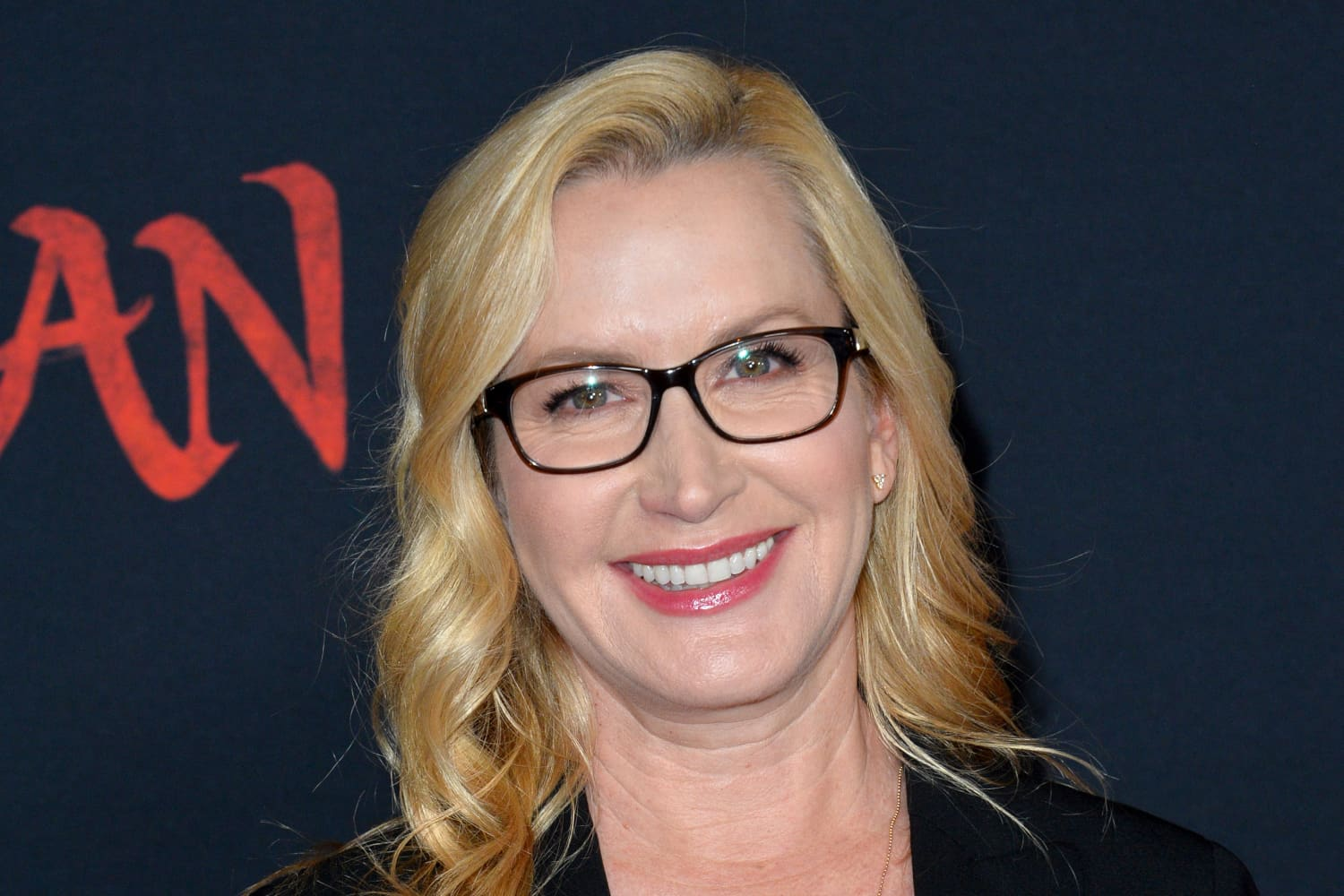 Here's What You Need To Create a Cozy Bedroom Nook, According to Angela Kinsey