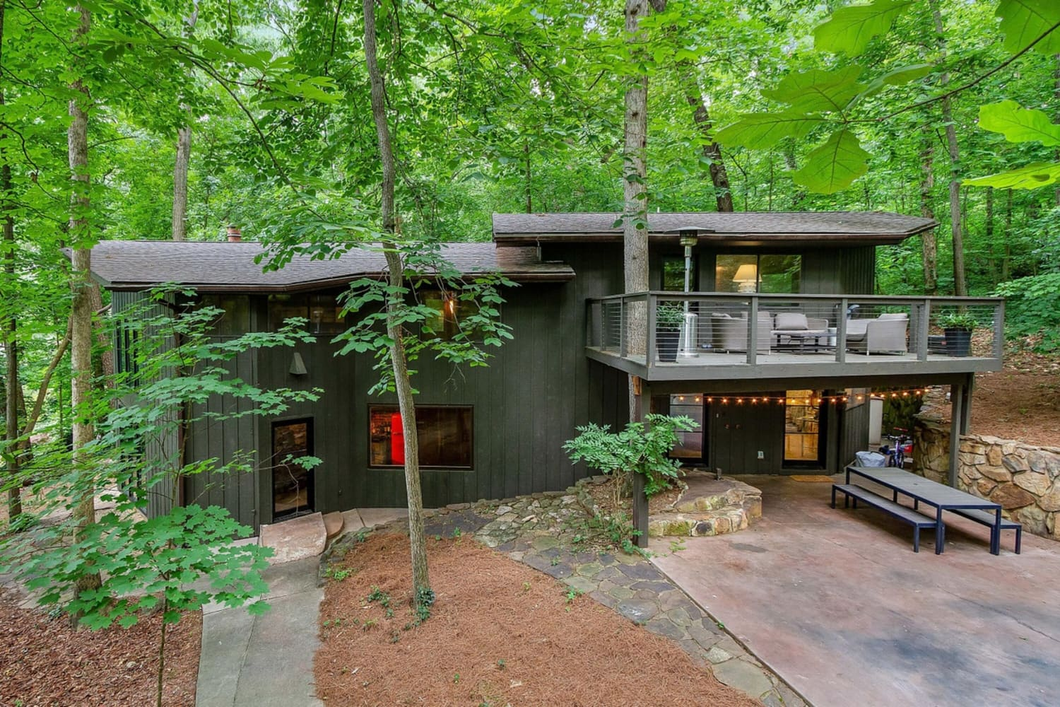 There's a Stunning Mid-Century House for Sale in Tennessee — And It Has a River in the Living Room