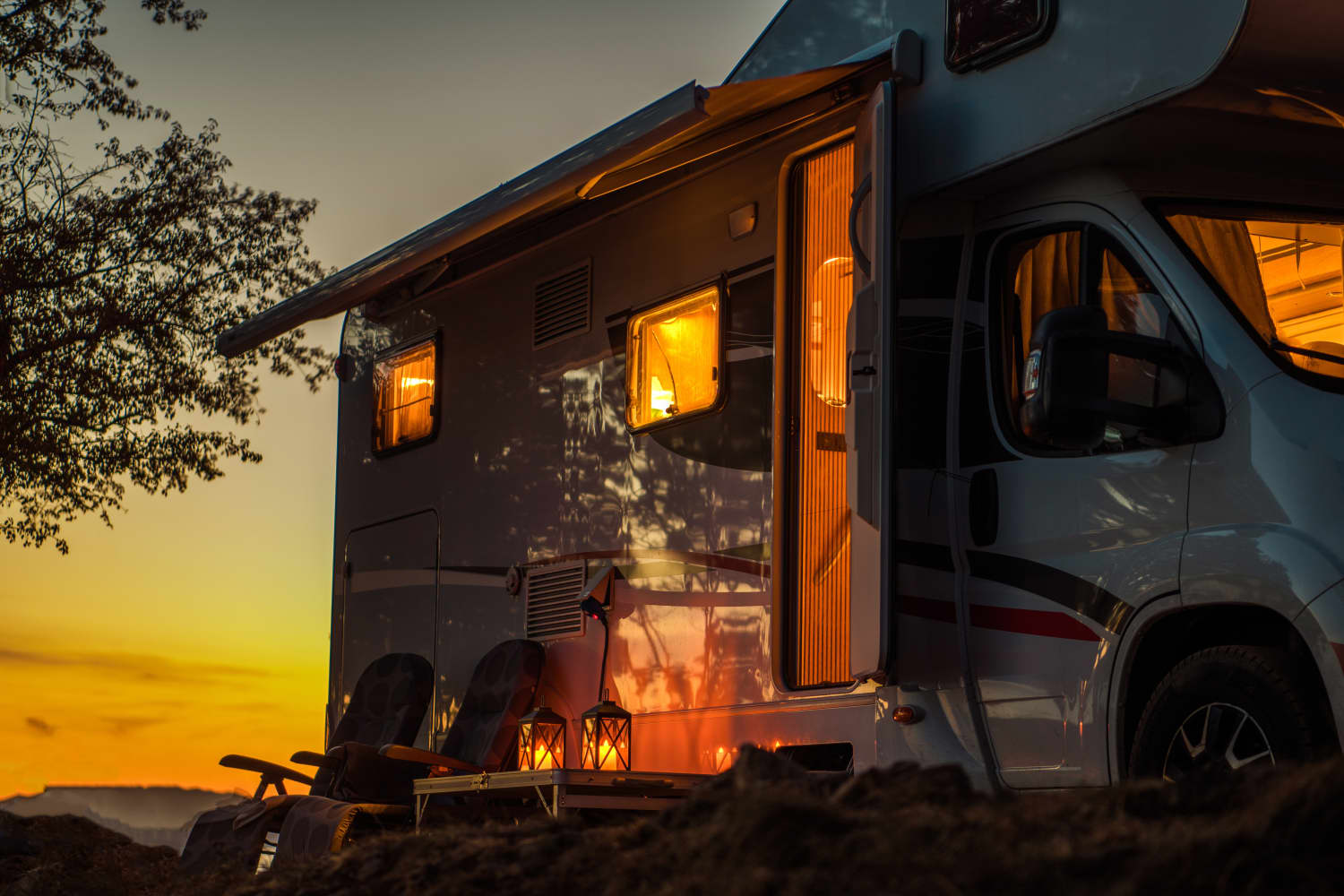 #Vanlife #Offgrid #TinyHouse - cover