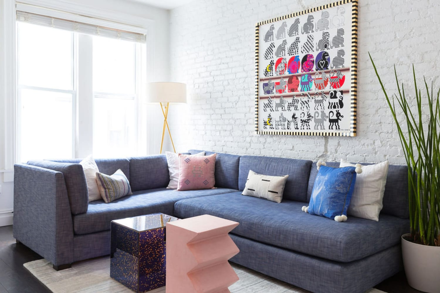 7 Living Room Decorating Hacks That Are Totally Free — I Promise!