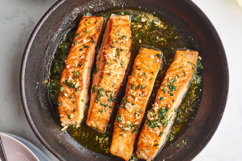 Garlic Butter Pan-Seared Salmon