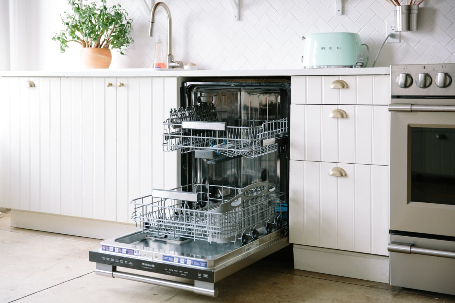 I Tried the Dishwasher Cleaner that Amazon Shoppers Are Obsessed With