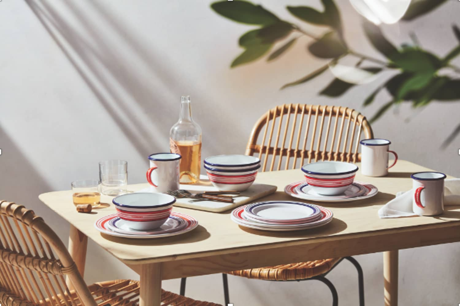 Le Creuset's Unbreakable Enamelware Collection Is Perfect For Outdoor Dining — and on Major Sale