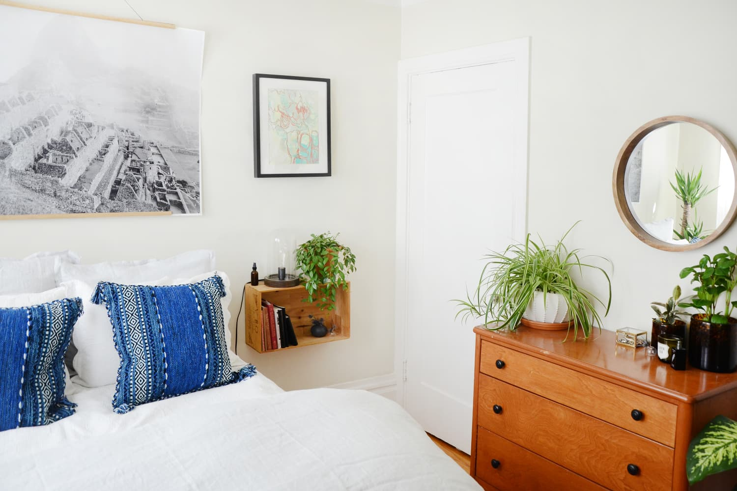 Here's How to Make the Scandinavian Sleep Comforter Hack Actually Look Good