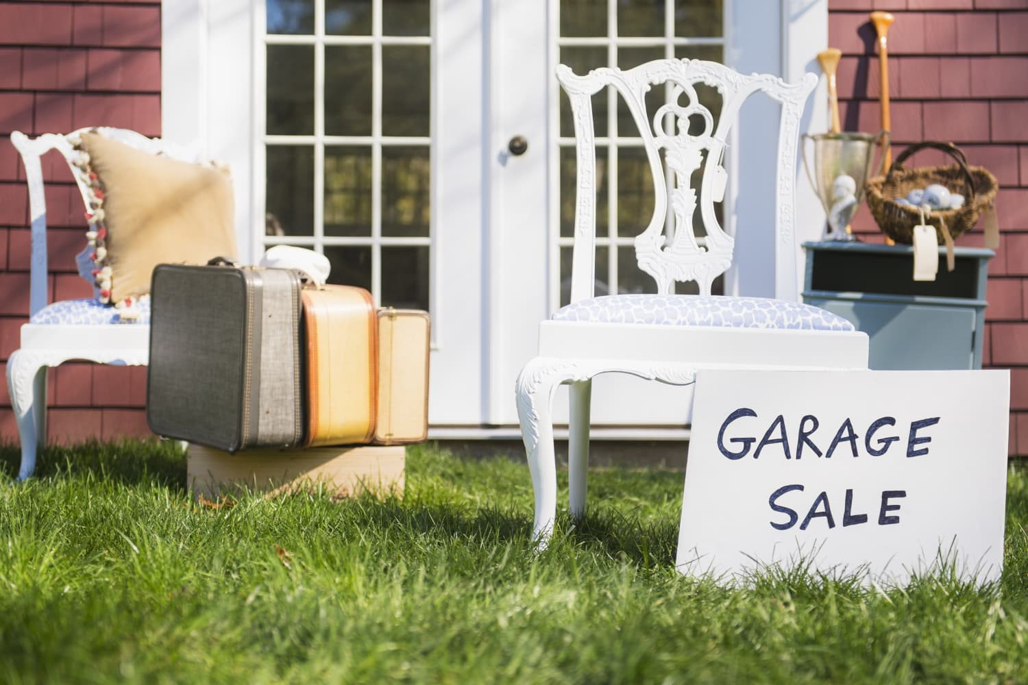 8 Things to Avoid Buying at Yard Sales and Thrift Shops — and What to Prioritize Instead