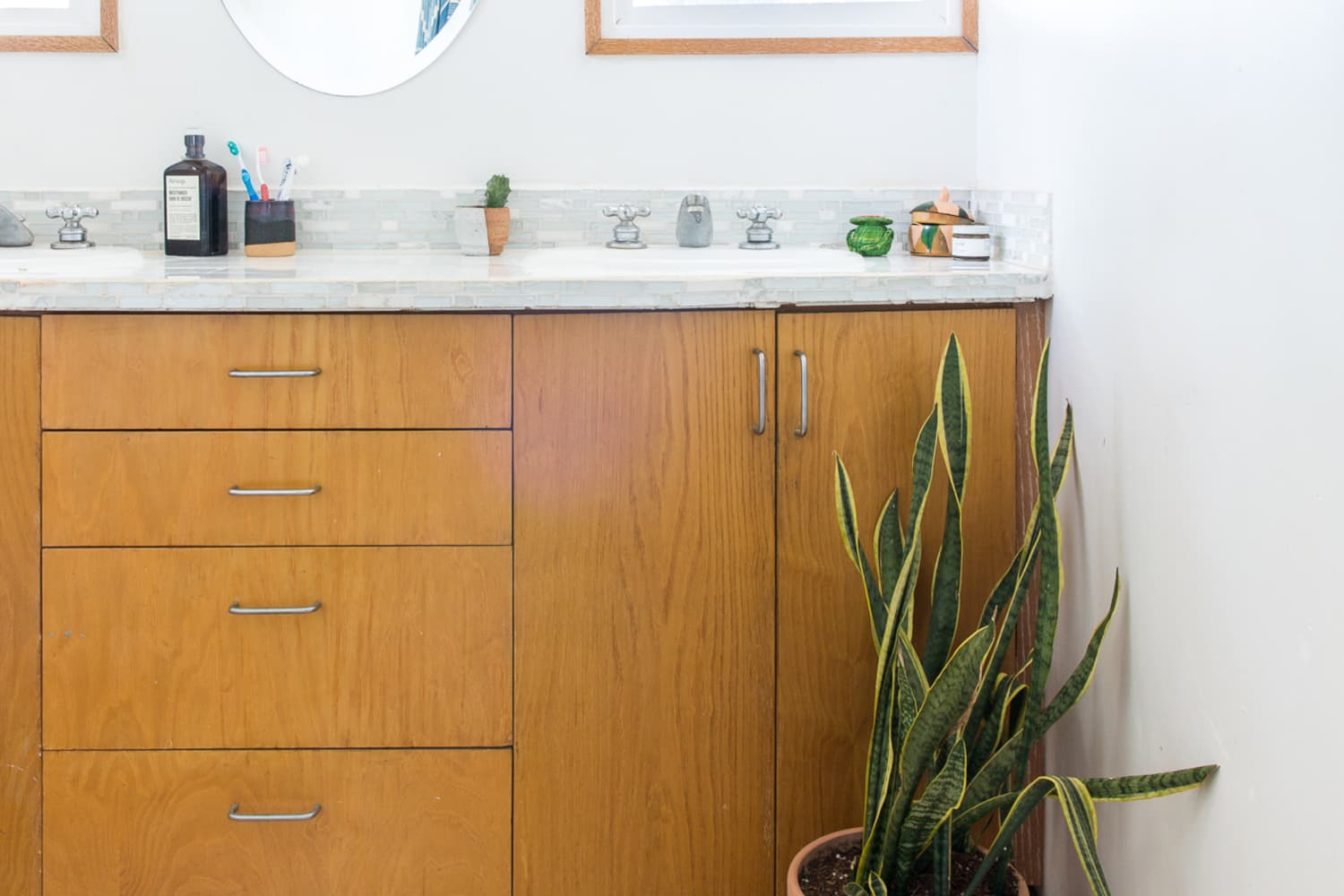 The Unexpected Furniture Item That's Popping Up in Bathrooms Everywhere