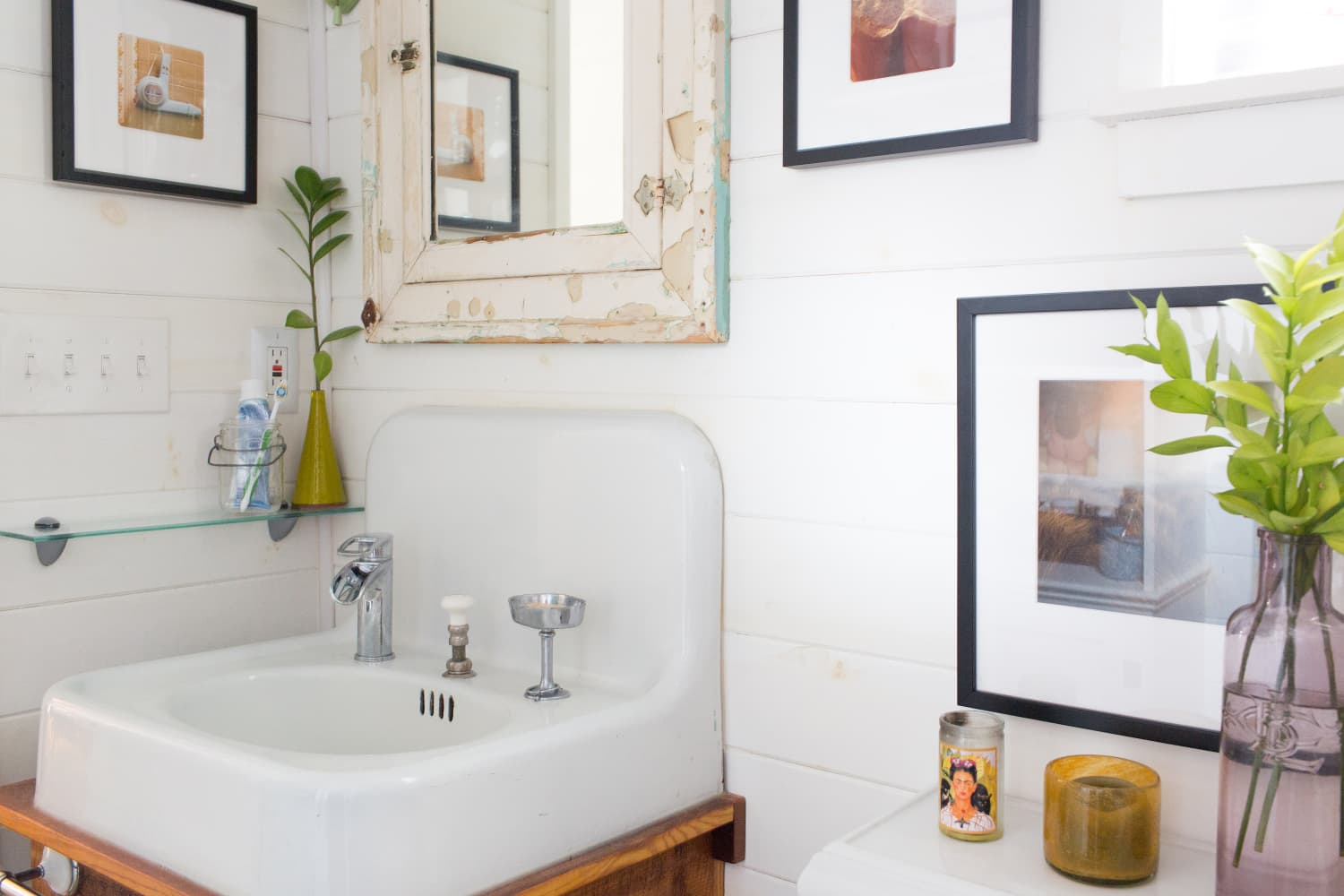There's One Part of Every Bathroom That Needs an Inside-Out Deep Clean