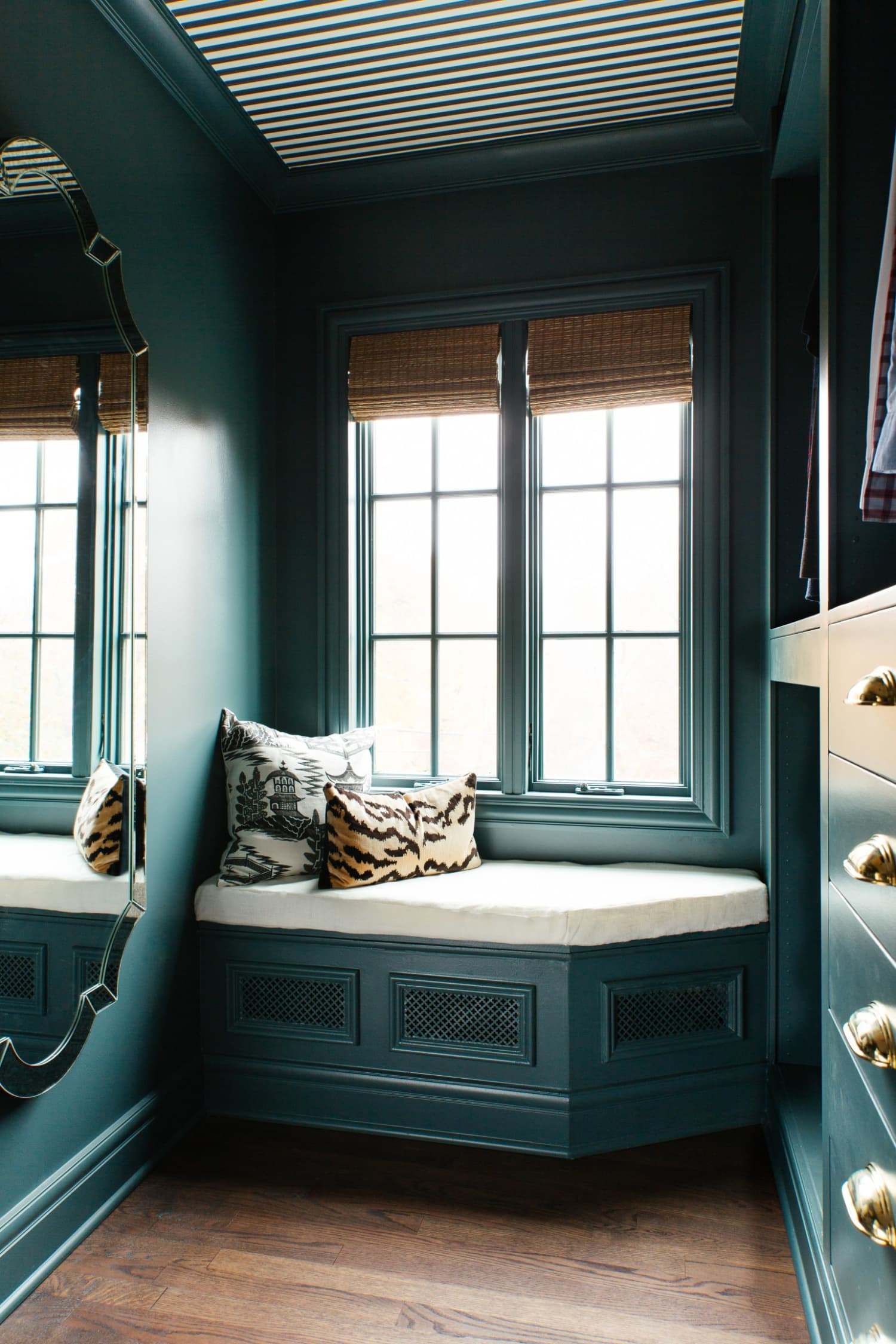 Apartmenttherapy Com On Flipboard 15 Stylish Radiator Cover Ideas To Hide Your Home S Old Ugly Radiators