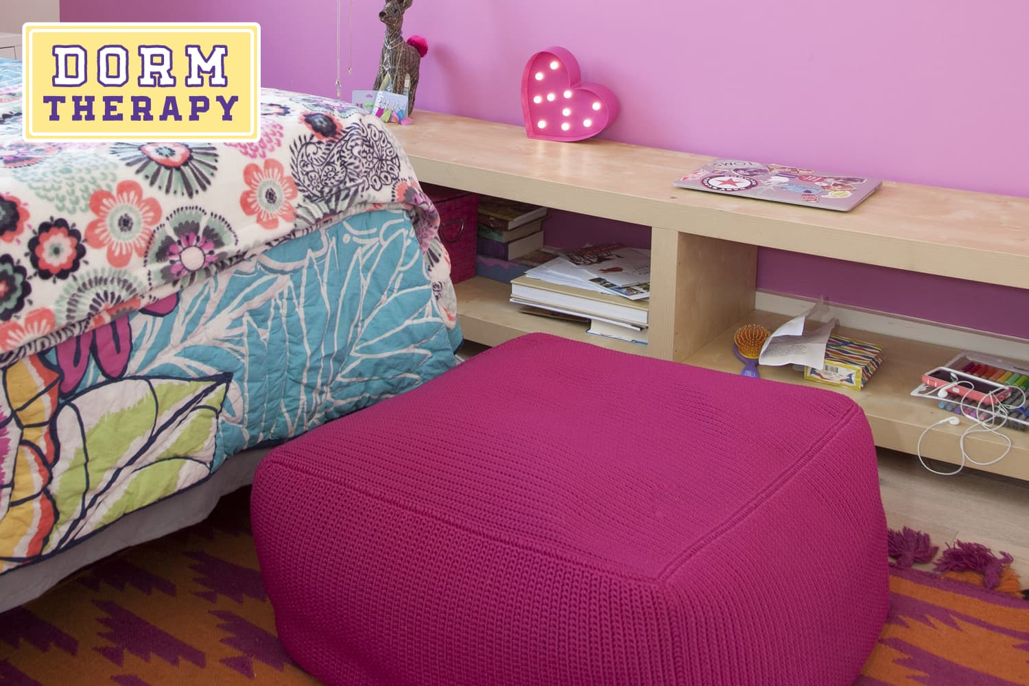 10 dorm room design tips to reduce stress apartment therapy - 10 by 10 room ...