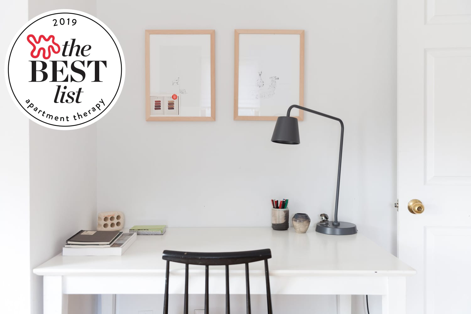 - 10 Best Desks For Small Spaces - Narrow & Small Desks To Buy