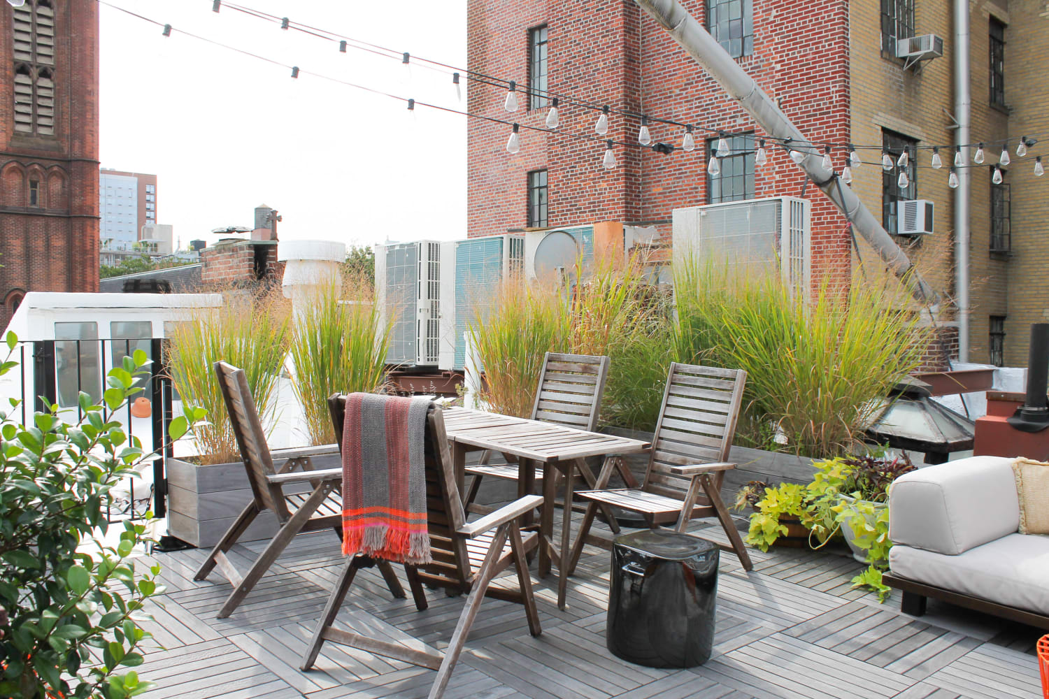 The Best Summer Outdoor Lighting Solutions   Apartment Therapy