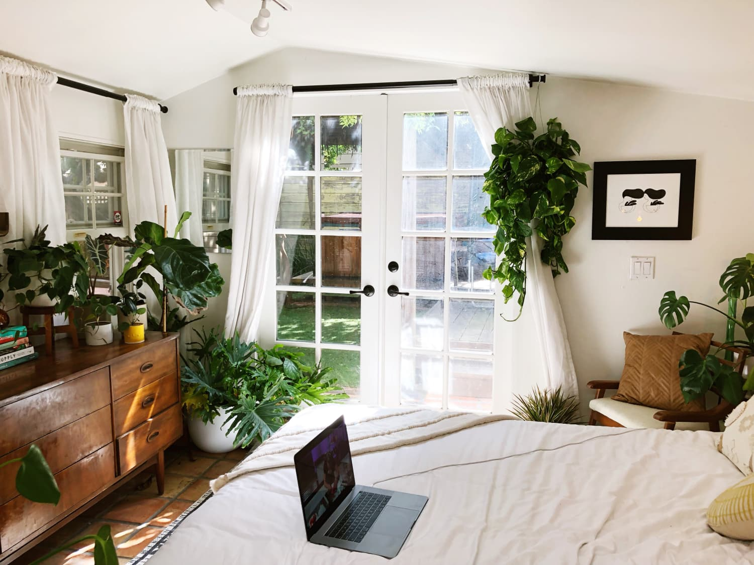 250 Square Foot Studio Apartment Backyard Cottage Photos