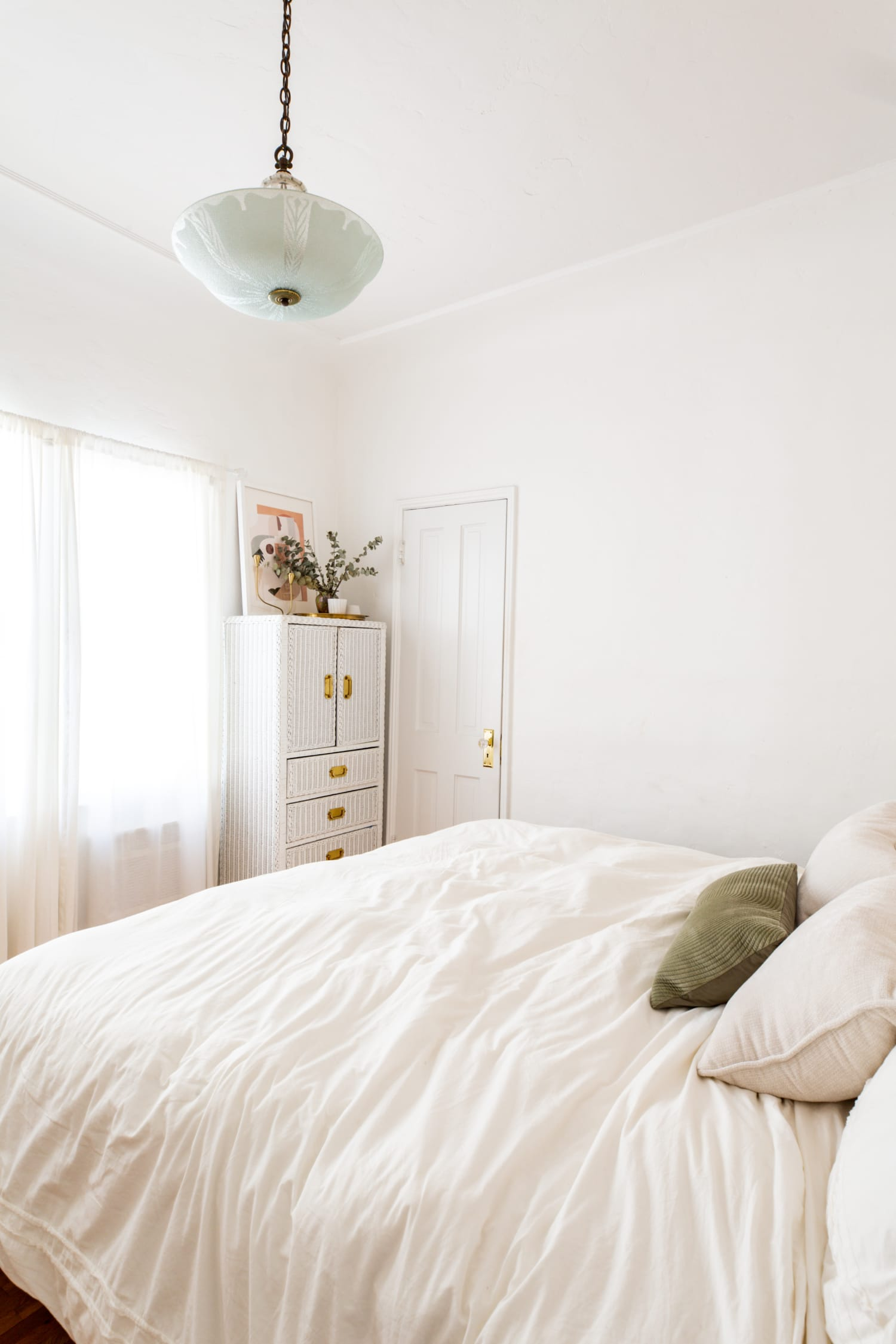 12 Scandinavian Bedroom Ideas Photos Of Lovely Scandinavian Style Bedrooms Apartment Therapy