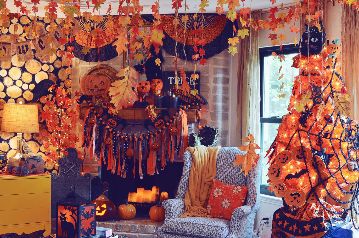 This Halloween-Ready Houston Home Has an Incredible DIY Headless Horseman Mural in the Dining Room You've Got to See