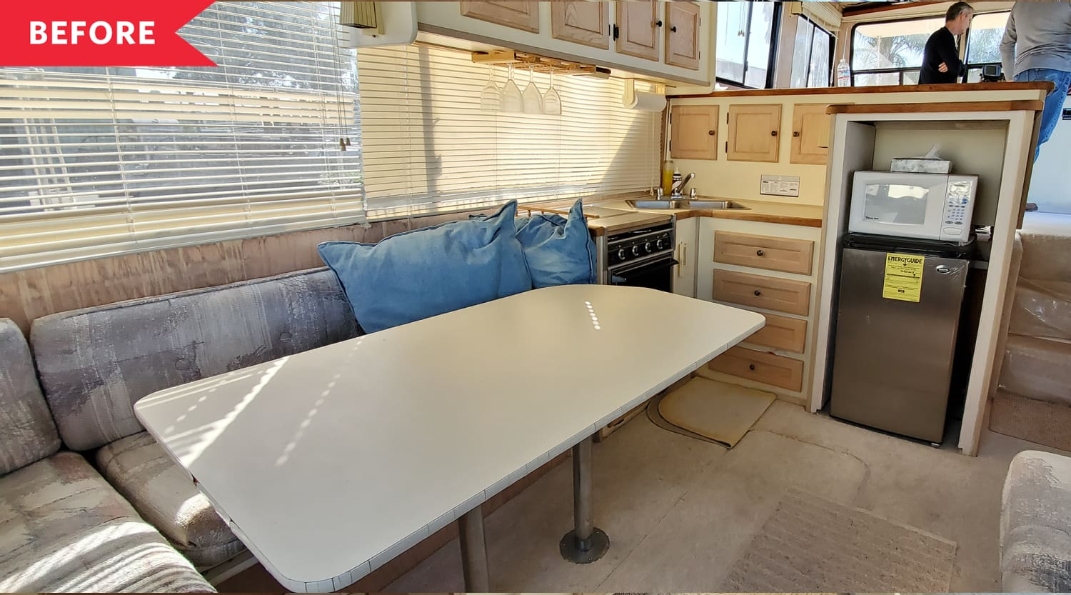 Before & After: A Dated 1990s Houseboat Was Renovated into a Modern, Bright Floating Tiny House