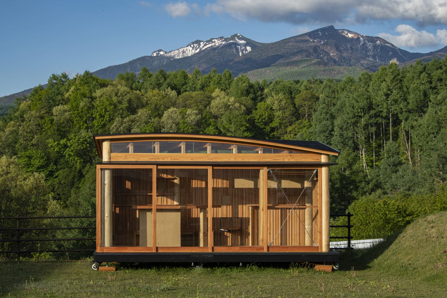This 107-Square-Foot Cabin Is a Model Example of Sustainable Craftsmanship