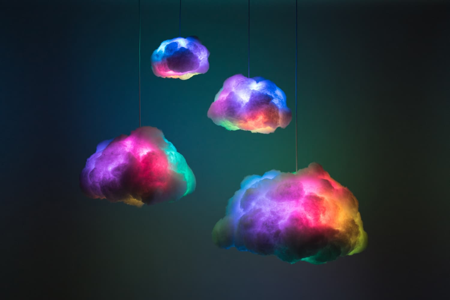 This Interactive Cloud Lamp Changes Color When You Sync it to Music