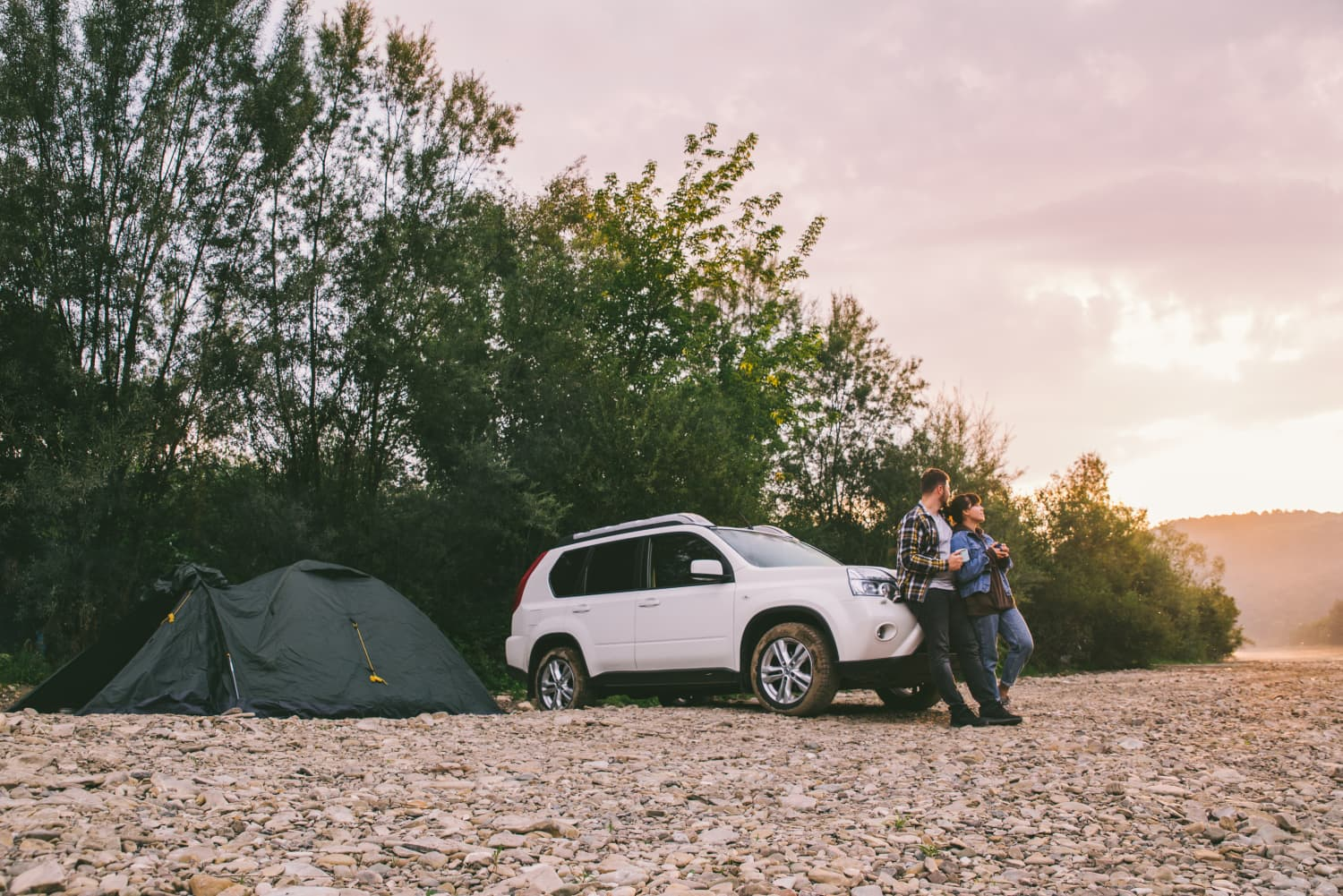 This Handy Kit Promises to Instantly Turn an SUV Into a Camper
