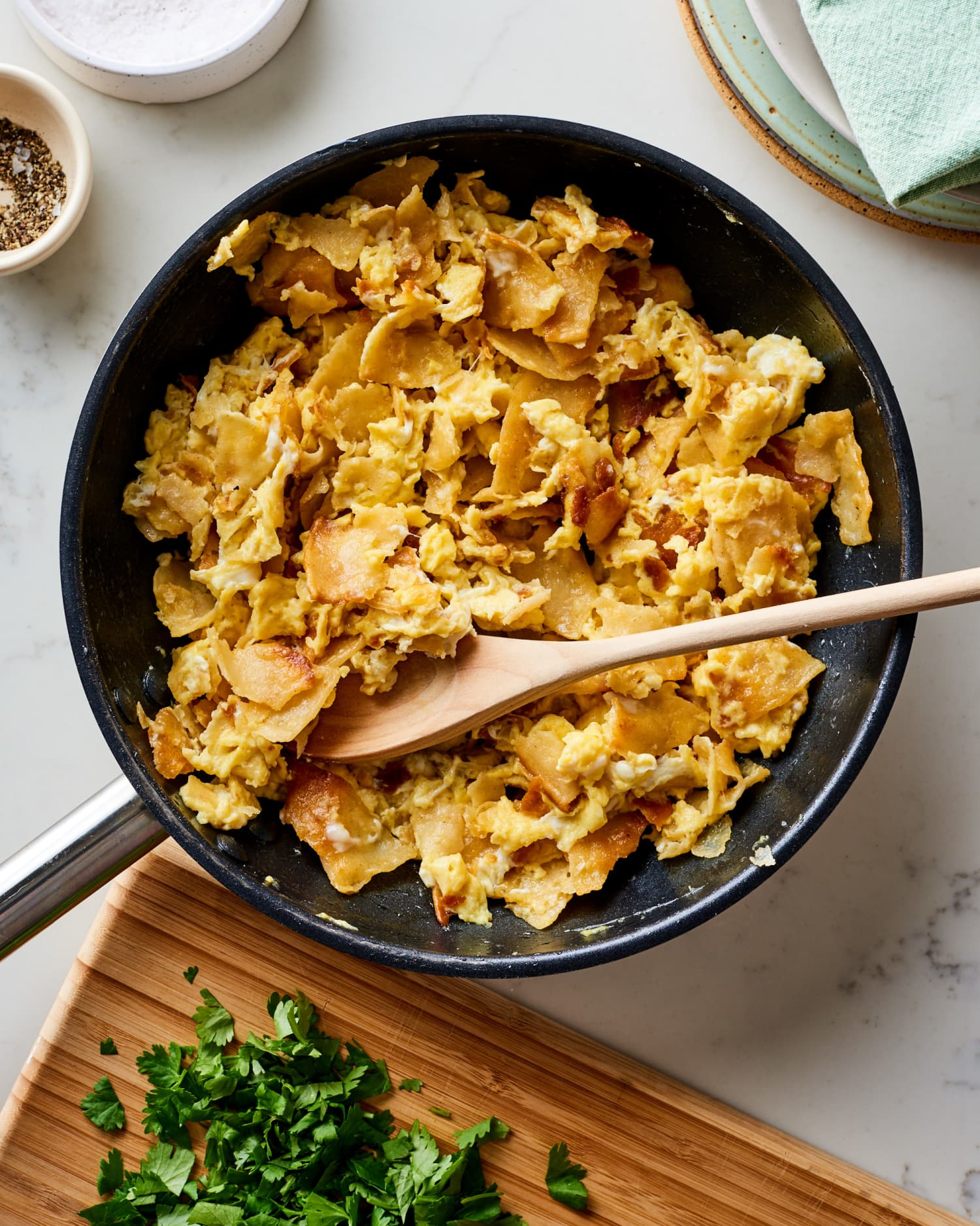 For Better Scrambled Eggs, Make Them the Mexican Way