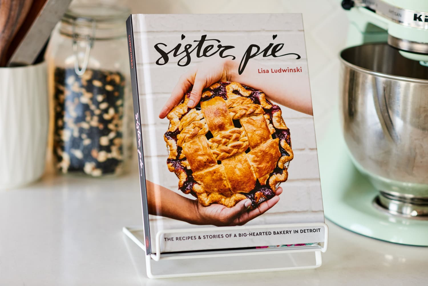 Come Bake with Us! Our November Pick for Kitchn's Cookbook Club Is Sister Pie by Lisa Ludwinski