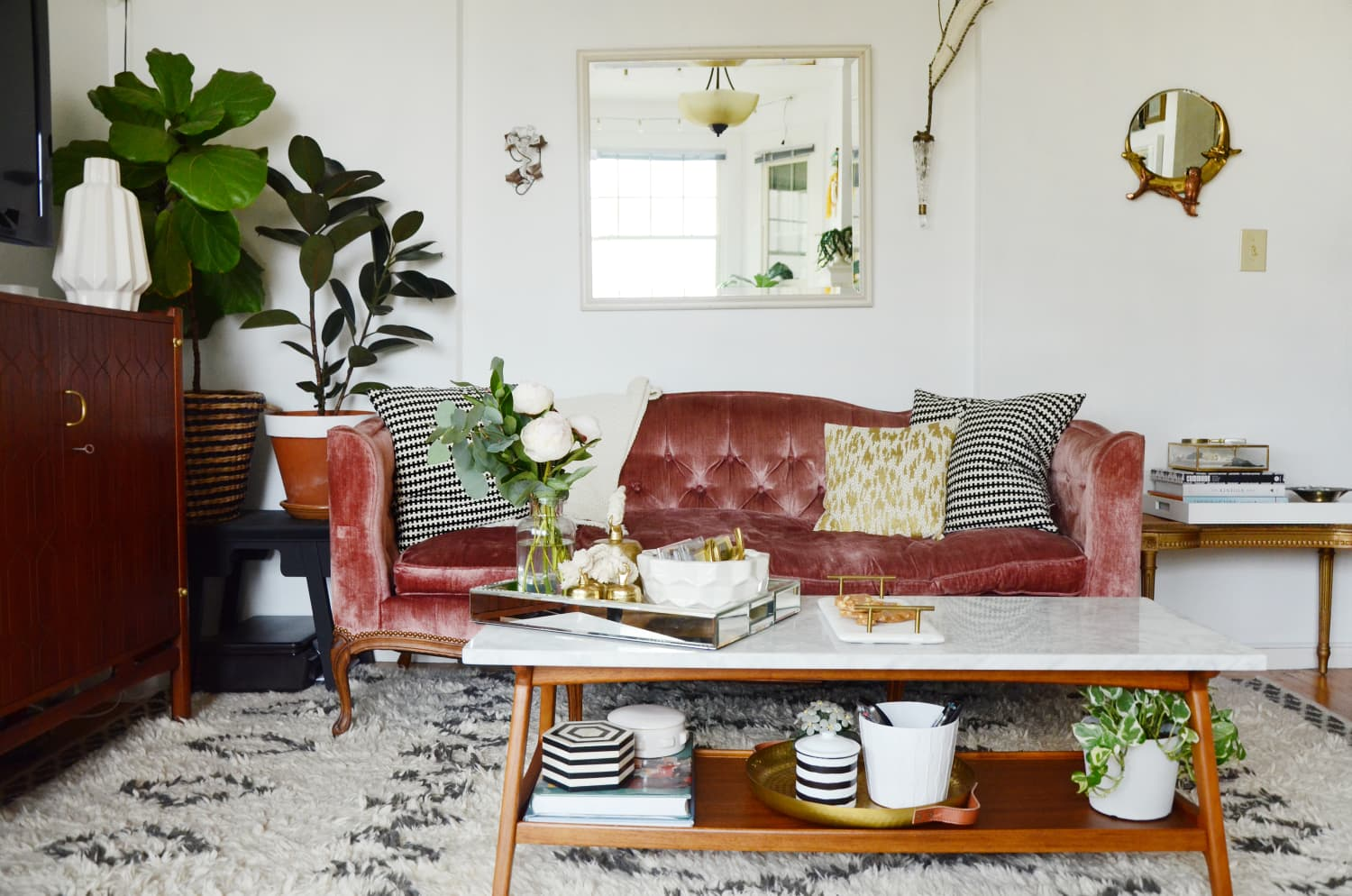 The Best Decorating Ideas to Cozy Up Your Home, According to Design Pros