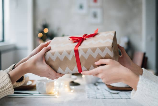 How to Handle Unwanted Christmas Gifts, According to Reddit