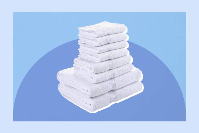 The $25 Bath Towel Set Amazon Reviewers Can't Stop Gushing About