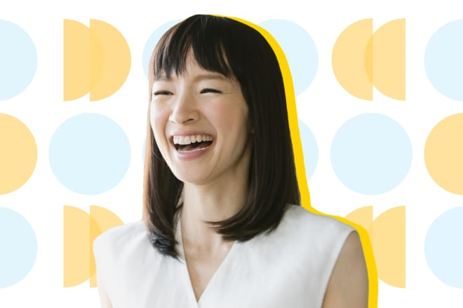 This Is How Marie Kondo Keeps Her Clothes Organized When She's Traveling