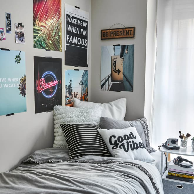 These Are the Most Popular Dorm Room Posters Right Now, According to Twitter